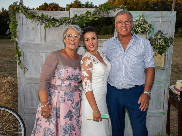 La boda de Miguel y Ivon en Allariz, Orense 390