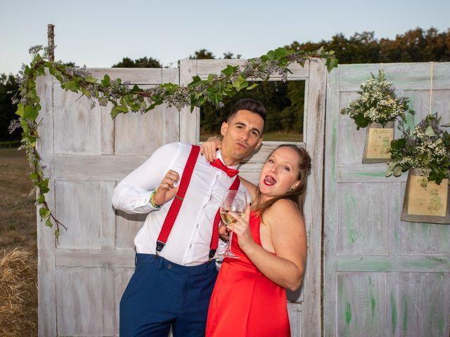 La boda de Miguel y Ivon en Allariz, Orense 399