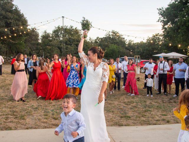 La boda de Miguel y Ivon en Allariz, Orense 417