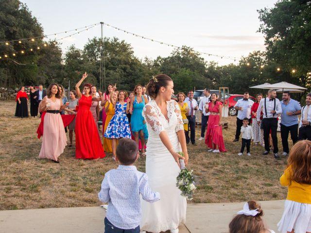 La boda de Miguel y Ivon en Allariz, Orense 418