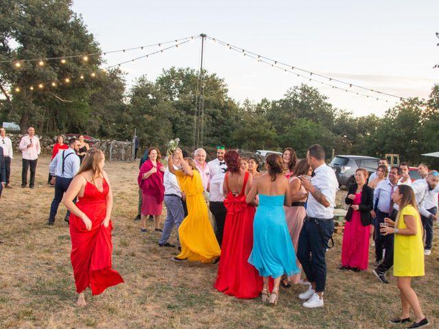 La boda de Miguel y Ivon en Allariz, Orense 428