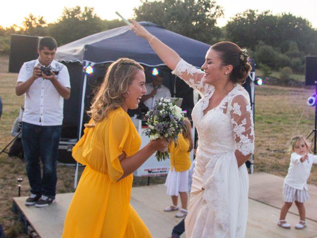 La boda de Miguel y Ivon en Allariz, Orense 430