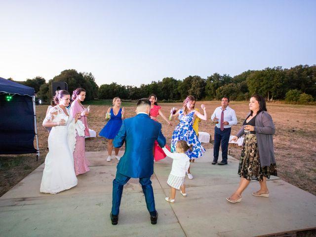 La boda de Miguel y Ivon en Allariz, Orense 435