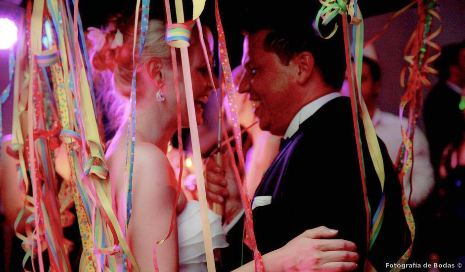La boda de Lars y Sophie en Sotopalacios, Burgos