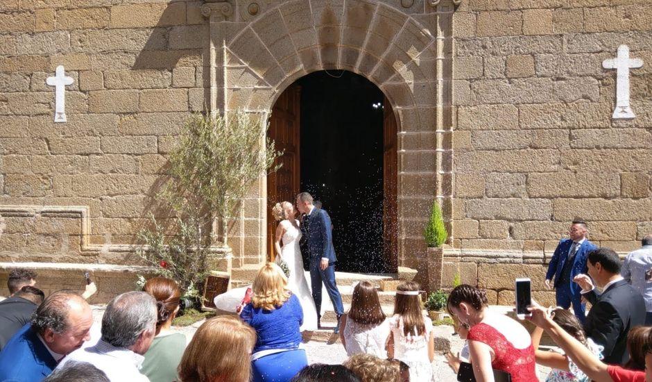 La boda de Jairo y Cristina en Montehermoso, Cáceres