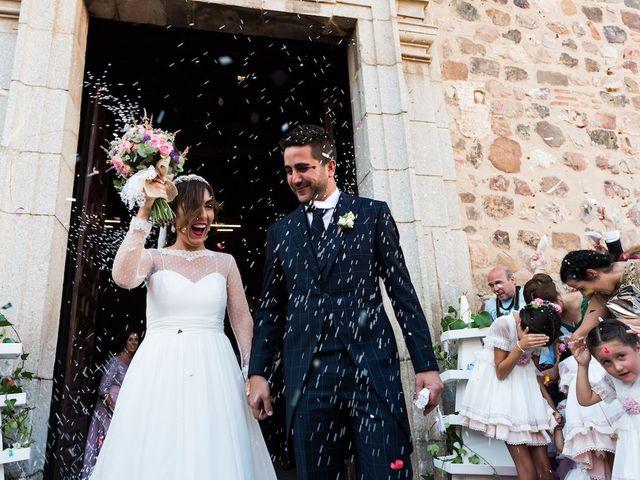 La boda de Beatriz y Roberto en Almodovar Del Campo, Ciudad Real 16