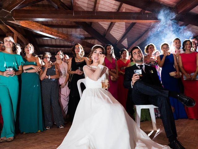 La boda de Beatriz y Roberto en Almodovar Del Campo, Ciudad Real 22