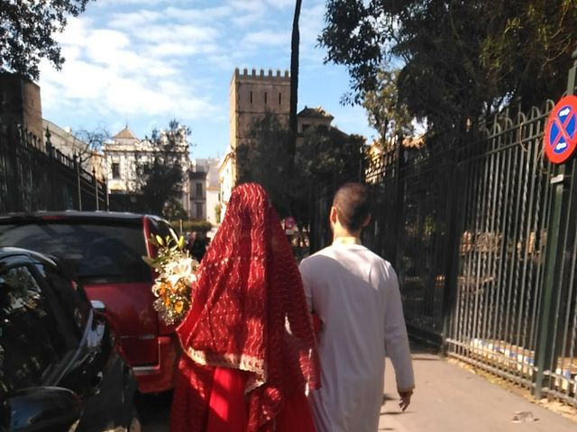 La boda de Issam y Fátima en Sevilla, Sevilla 12