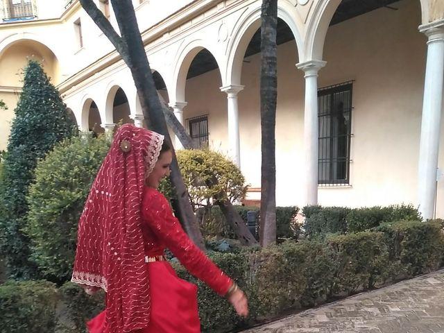 La boda de Issam y Fátima en Sevilla, Sevilla 13