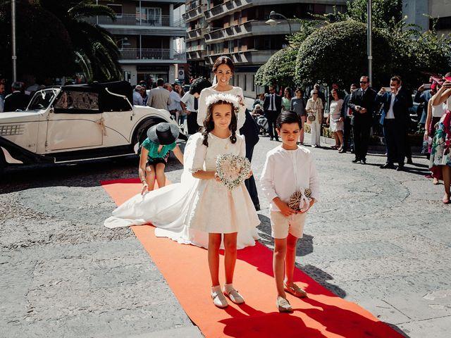La boda de Carlos y Maite en Ballesteros De Calatrava, Ciudad Real 37