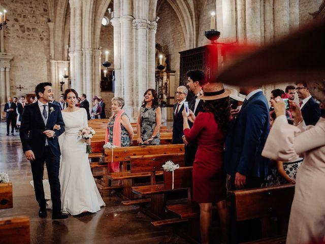 La boda de Carlos y Maite en Ballesteros De Calatrava, Ciudad Real 41