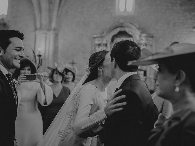 La boda de Carlos y Maite en Ballesteros De Calatrava, Ciudad Real 42