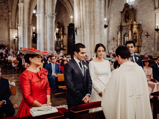 La boda de Carlos y Maite en Ballesteros De Calatrava, Ciudad Real 45