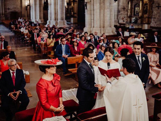 La boda de Carlos y Maite en Ballesteros De Calatrava, Ciudad Real 47