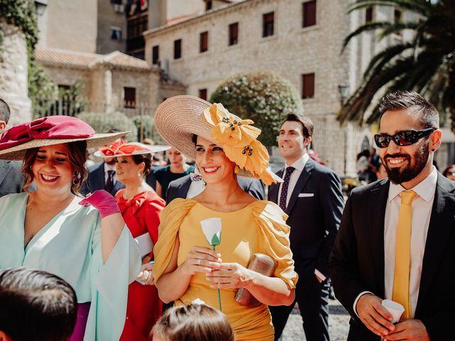 La boda de Carlos y Maite en Ballesteros De Calatrava, Ciudad Real 52