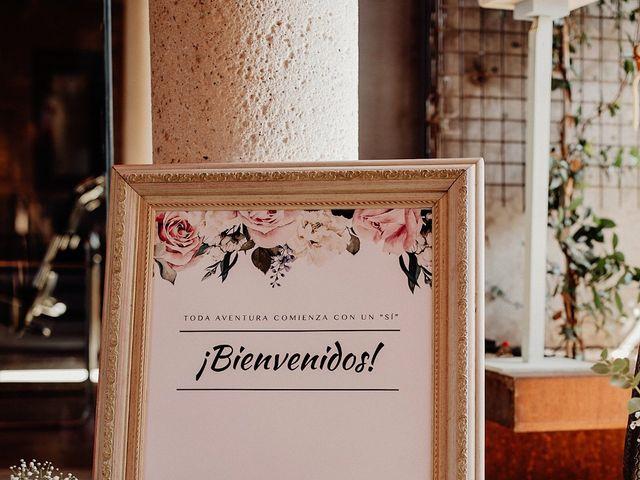 La boda de Carlos y Maite en Ballesteros De Calatrava, Ciudad Real 63