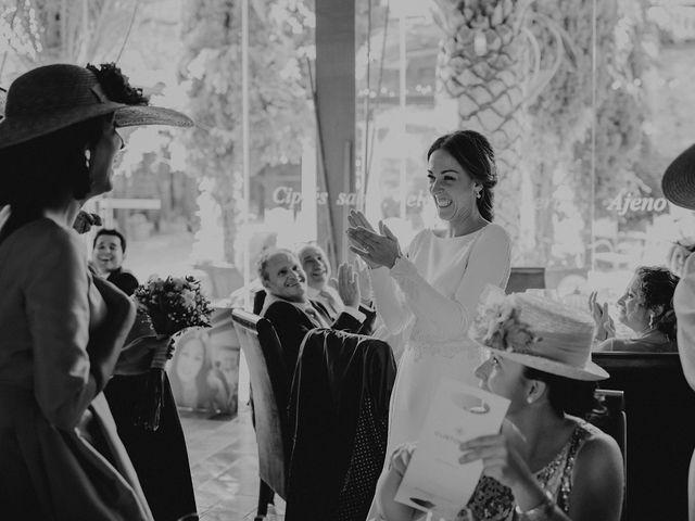 La boda de Carlos y Maite en Ballesteros De Calatrava, Ciudad Real 81