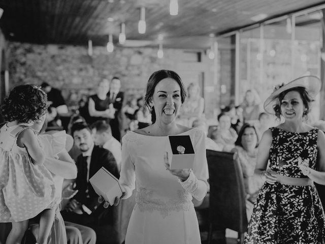 La boda de Carlos y Maite en Ballesteros De Calatrava, Ciudad Real 87