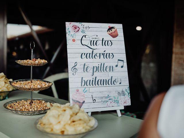 La boda de Carlos y Maite en Ballesteros De Calatrava, Ciudad Real 105