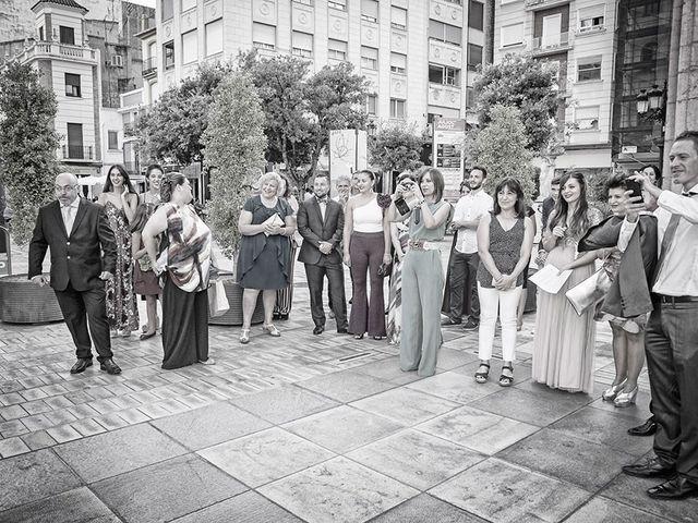 La boda de Erik y Alba en Castelló/castellón De La Plana, Castellón 15