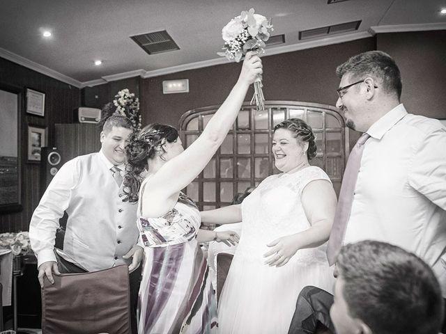 La boda de Erik y Alba en Castelló/castellón De La Plana, Castellón 26
