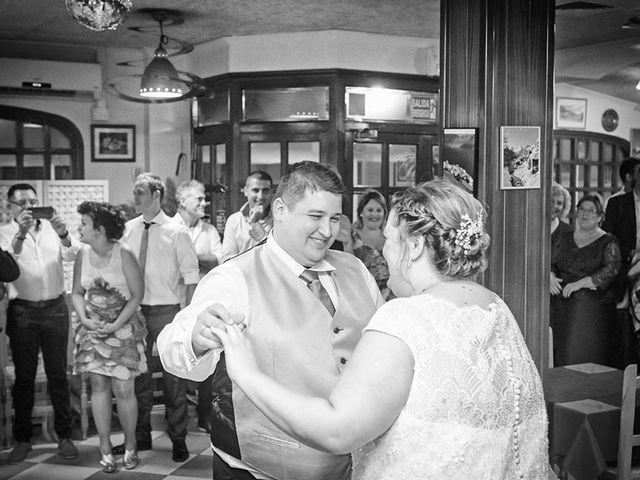 La boda de Erik y Alba en Castelló/castellón De La Plana, Castellón 29