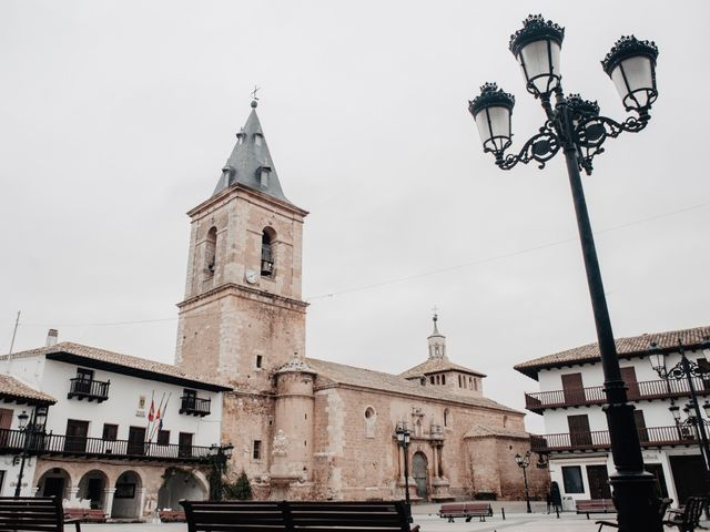 La boda de Alfonso y Rosi en La Gineta, Albacete 1