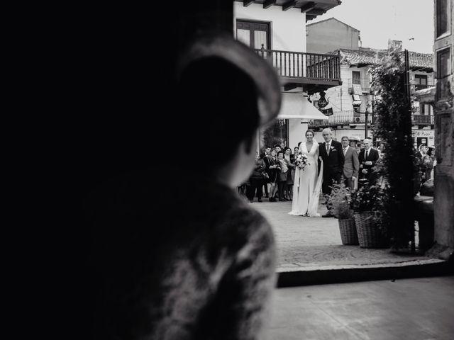 La boda de Alfonso y Rosi en La Gineta, Albacete 16