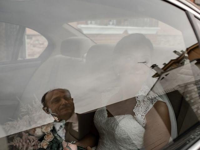 La boda de Jose Antonio y Miriam en Atarfe, Granada 23