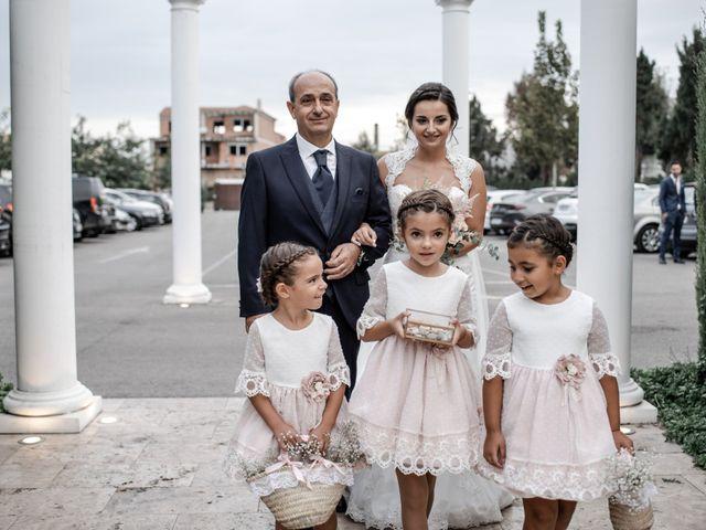 La boda de Jose Antonio y Miriam en Atarfe, Granada 25