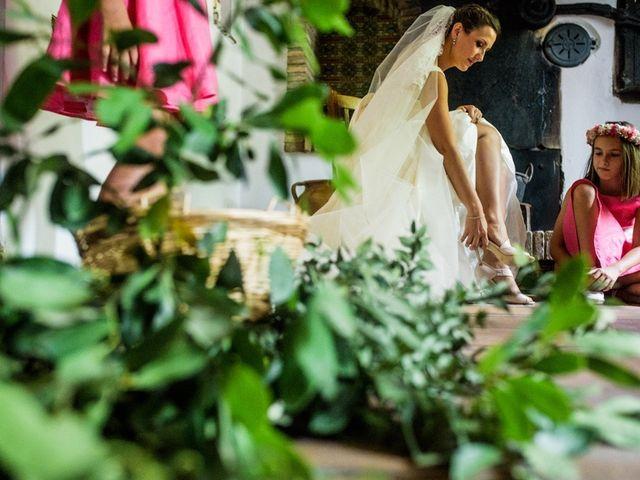 La boda de Juan Carlos y Maria en Priego De Cordoba, Córdoba 17