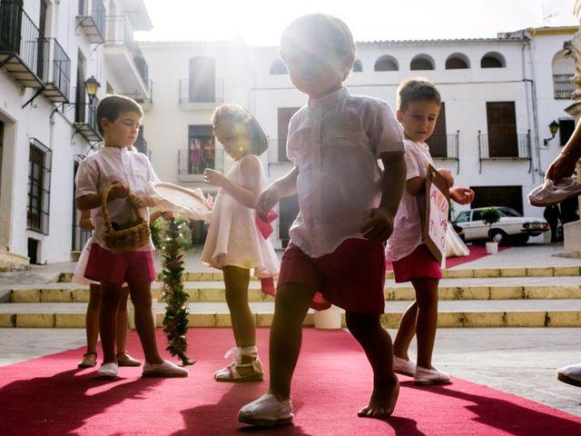 La boda de Juan Carlos y Maria en Priego De Cordoba, Córdoba 20