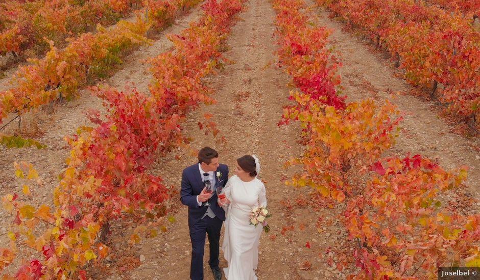La boda de Alberto y Paula en Valoria La Buena, Valladolid