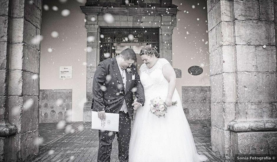 La boda de Erik y Alba en Castelló/castellón De La Plana, Castellón