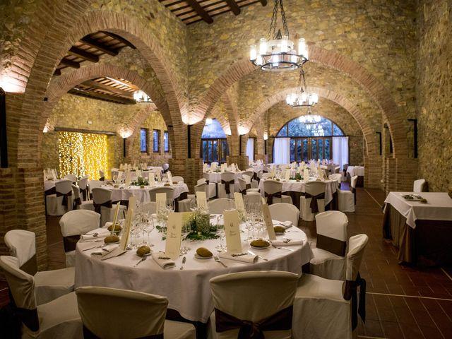 La boda de Claudi y Anna en Llofriu, Girona 33