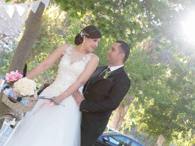 La boda de Juan Carlos y Lorena en Olula Del Rio, Almería 61