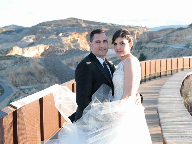 La boda de Juan Carlos y Lorena en Olula Del Rio, Almería 88