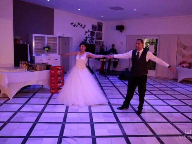 La boda de Juan Carlos y Lorena en Olula Del Rio, Almería 104