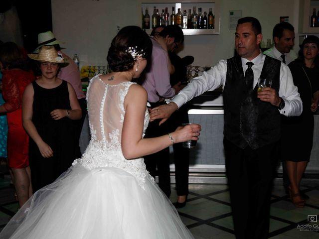 La boda de Juan Carlos y Lorena en Olula Del Rio, Almería 125