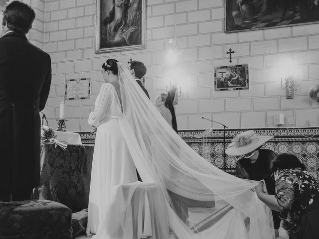 La boda de Inmaculada y Andrés en Alcala De Guadaira, Sevilla 36