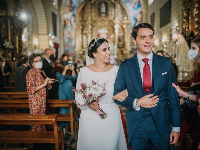 La boda de Inmaculada y Andrés en Alcala De Guadaira, Sevilla 47