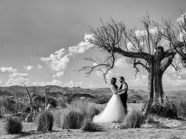 La boda de Juan Carlos y Lorena en Olula Del Rio, Almería 139
