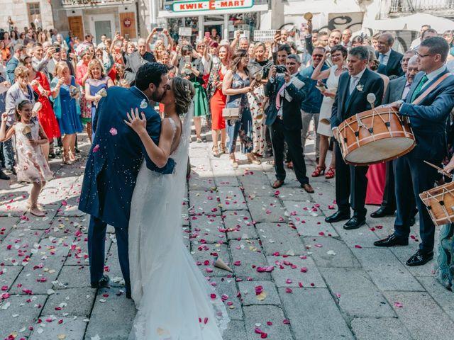 La boda de Alex y María en Vigo, Pontevedra 33