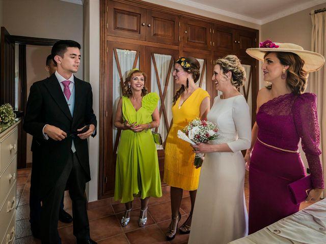La boda de Manuel y Inmaculada en La Cierva, Cádiz 9