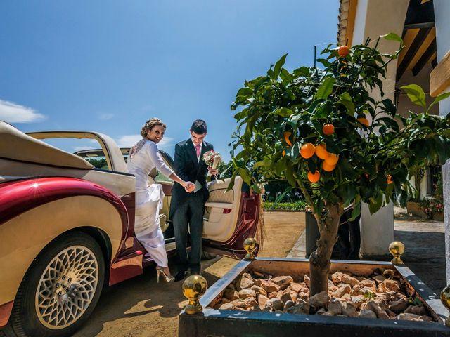 La boda de Manuel y Inmaculada en La Cierva, Cádiz 12