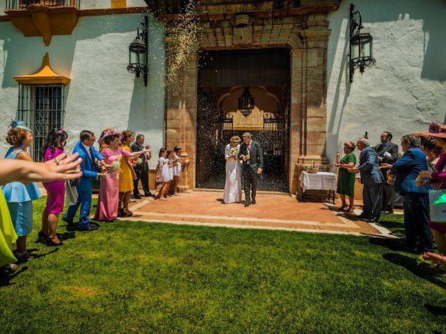 La boda de Manuel y Inmaculada en La Cierva, Cádiz 14