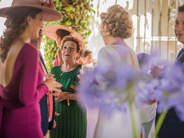 La boda de Manuel y Inmaculada en La Cierva, Cádiz 36