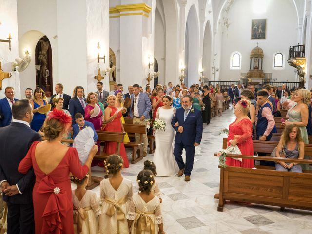 La boda de Lourdes y Miguel en Motril, Granada 15