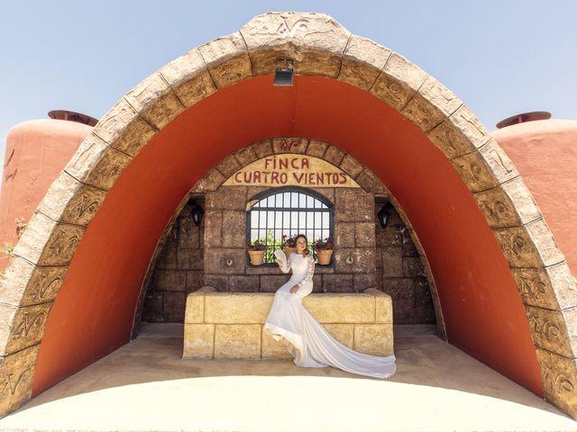 La boda de Lourdes y Miguel en Motril, Granada 39