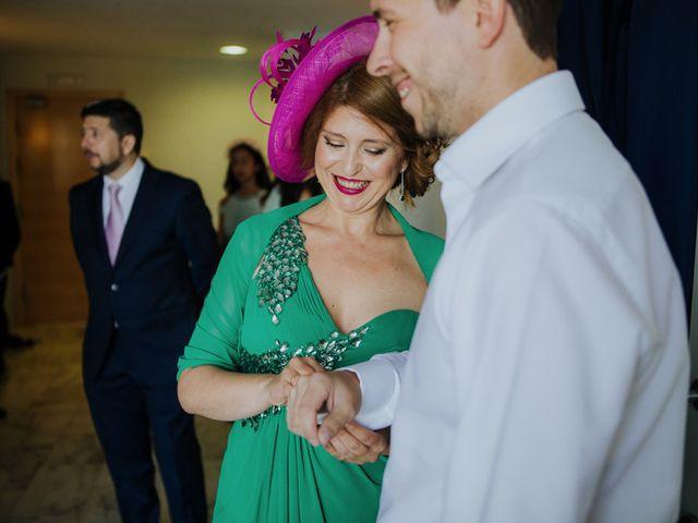La boda de Rafa y Deborah en Nerja, Málaga 4